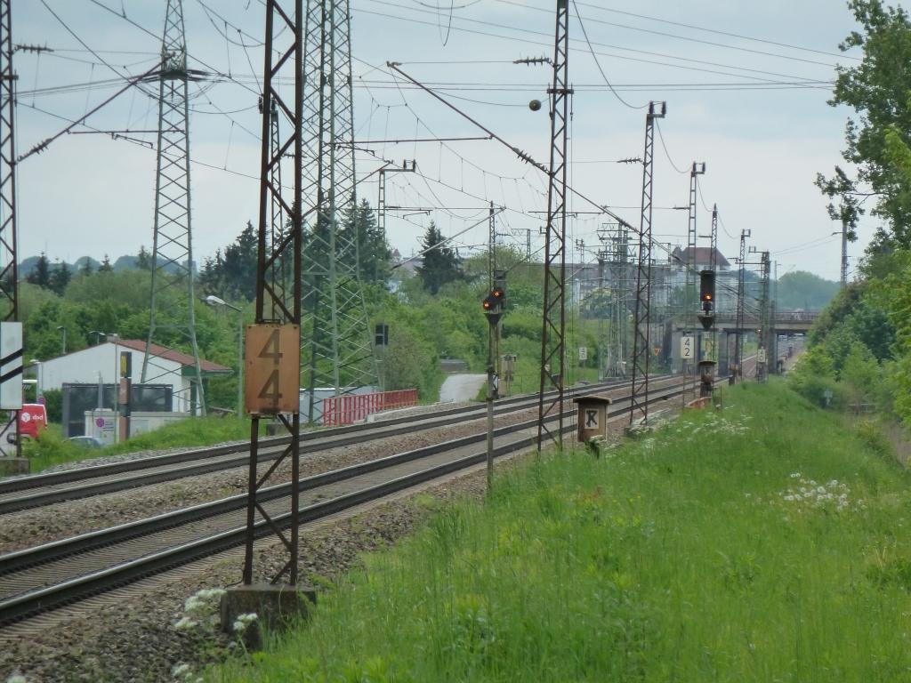 Im Vorbild ist heute der Sbk 198 etwas weiter Richtung Augsburg gerutscht.